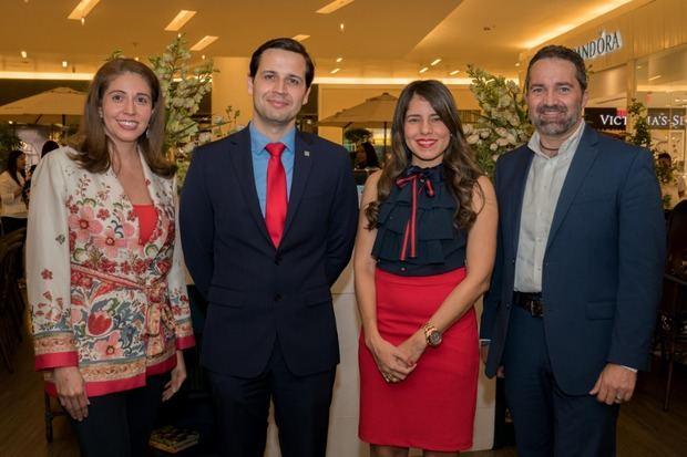 Ágora Mall y Banco Popular realizan cena maridaje para los padres
