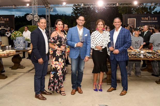 Sergio Guzmán, Jenny Fernández, Alfredo De Armas, Cecilia De Armas y Jochy Beras.