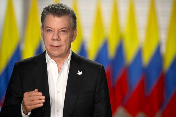 """Presidente Santos asegura que el acuerdo con las FARC """"está blindado"""""""