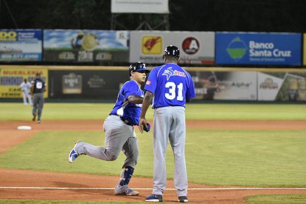 Tigres vencen Águilas y obtienen derecho revalidar título béisbol dominicano