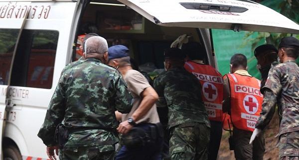 Al menos tres nuevos rescatados de cueva de Tailandia, según medios locales
