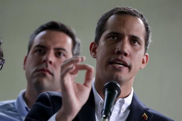 """China admite """"dificultades para permitir entrar a representantes de Guaidó"""""""