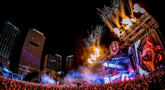 Grandes atascos al término de la primera noche del Ultra Festival de Miami