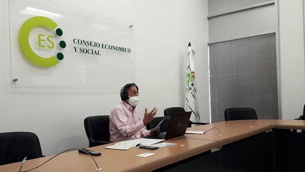 Juramentan nueva membresía del Consejo Económico y Social