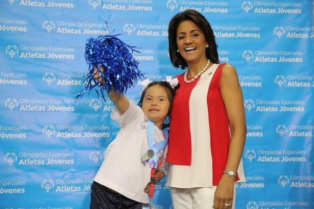 Primera Dama llama a la sociedad a apoyar educación inclusiva para personas con Síndrome de Down