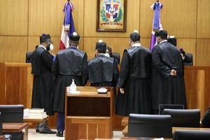 Constantes objeciones de las defensas siguen ralentizando juicio de Odebrecht.
