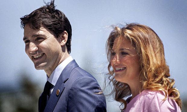 Justin Trudeau y Sophie Gregoire Trudeau, esposa del primer ministro canadiense, io positivo al nuevo coronavirus 2019 (COVID-19) en una prueba médica.