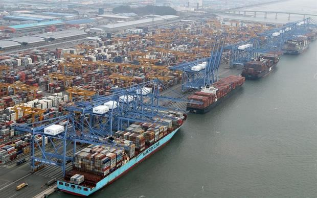 """El superávit comercial surcoreano creció un 538,7 % en enero gracias a los """"chips"""""""