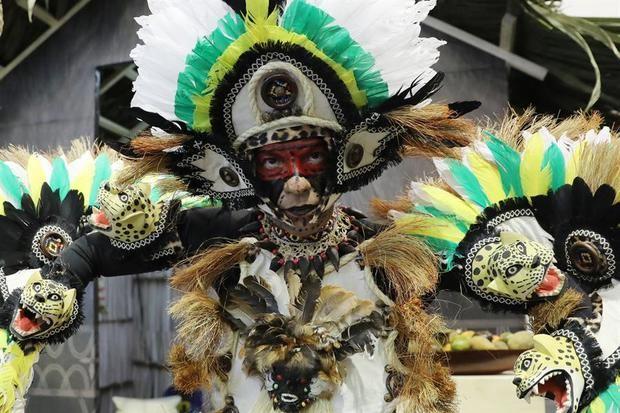 Perú muestra en feria colombiana que su turismo va más allá de Machu Picchu