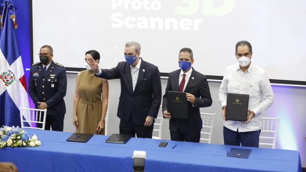 """Abinader encabeza lanzamiento del proyecto """"Protoscanner 3D"""""""