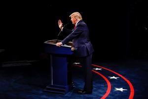 El presidente de EE.UU., Donald J. Trump., durante el debate presidencial en Nashville, EE.UU.
