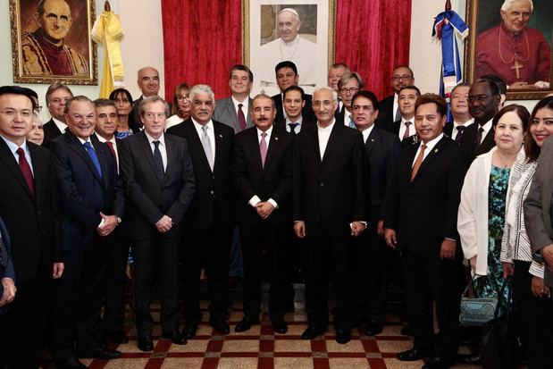 Cuerpo Diplomático acreditado en República Dominicana ofrece almuerzo en honor a presidente Danilo Medina.