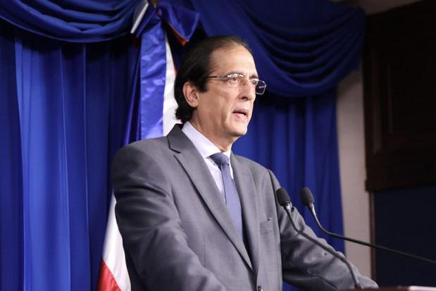 Gobierno dará incentivos de 10,000 y 5,000 pesos a quienes combaten COVID-19
