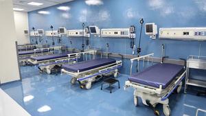 Hospitales públicos habilitan nuevas camas para Covid-19.