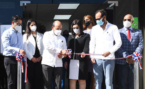DGII inaugura administración local Máximo Gómez
