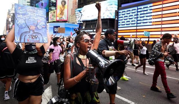 Protestas en Nueva York por nuevos disparos de policía contra afroamericano