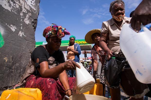 Hospitales haitianos denuncian la falta de combustible para atender a los pacientes