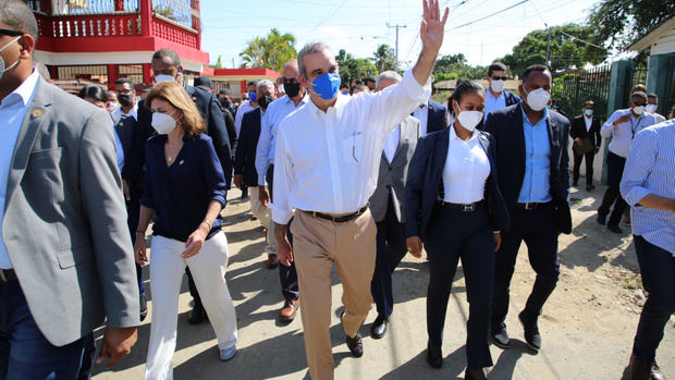 Presidente Abinader viajará a Samaná y Santiago