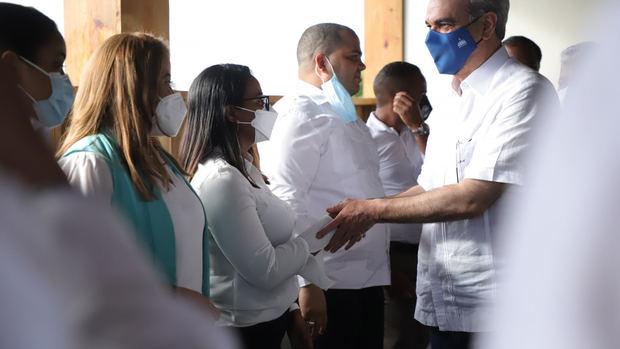 Presidente Abinader viaja este domingo a Azua para jornada de trabajo.