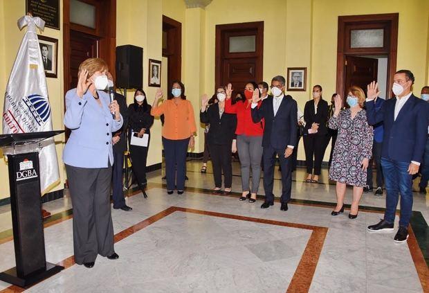 Juramentan directores de las compañías artísticas y escuelas de Bellas Artes