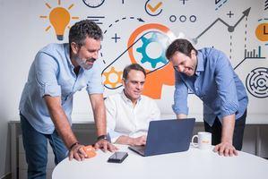 Daniel Otero, Christian Pichardo y Max Barr, los 3 cofundadores de MIO.