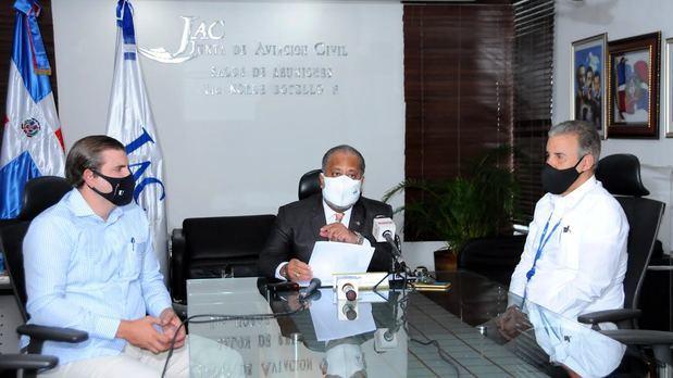 El presidente de la JAC, José Marte Piantini, proyecta la visita de 317,000 viajeros en vuelos comerciales este mes.