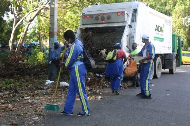 ADN emprende Gran Operativo de Limpieza y Aseo Urbano en la ciudad.
