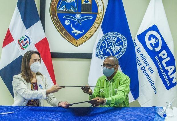 UASD y Plan Internacional firman acuerdo para jóvenes