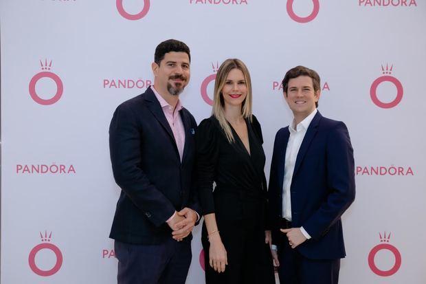 Pandora abre sus puertas en Blue Mall con nuevo 'Concept Store'