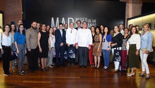Ministerio de Cultura ofrece visita guiada a diplomáticos en el Museo de las Atarazanas Reales