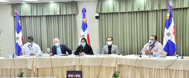 Comisión Especial del Senado de la República ha entrevistado a 130 aspirantes