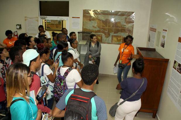 AGN clausura 6ta. Feria del Libro de Historia Dominicana