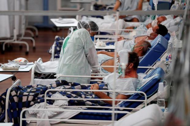 Brasil registra 11.250 nuevos casos y 483 muertes por coronavirus en 24 horas