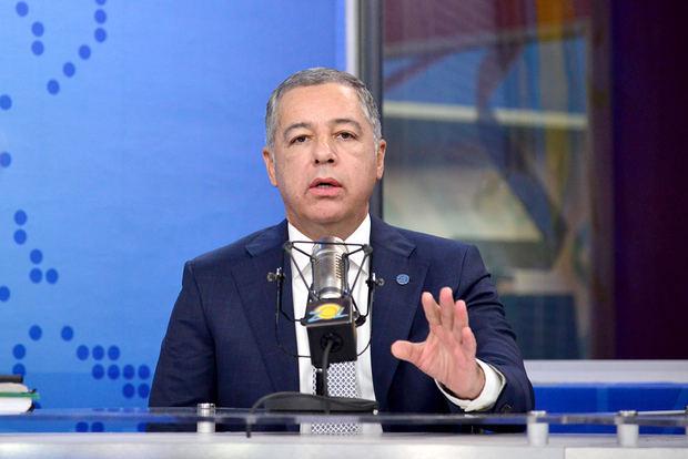 El ministro de Hacienda, Donald Guerrero Ortiz, informó que el Gobierno entregará esta semana RD$1,590 millones a la Junta Central Electoral .