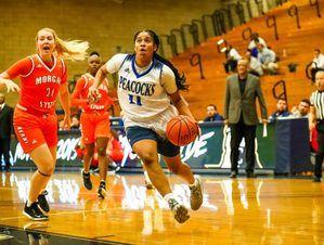 La jugadora de baloncesto y miembro de la selección nacional femenina, Yamel Abreu.