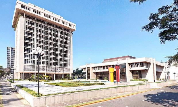 Junta Monetaria adopta medidas favorecen acceso al crédito de las Pymes