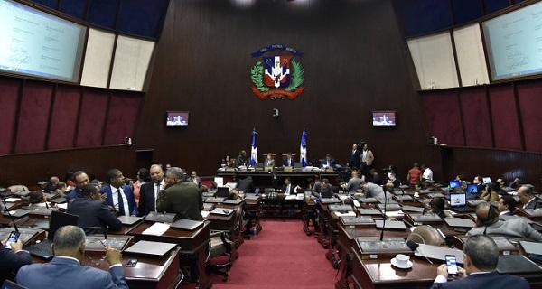 Comisión bicameral enviará de nuevo proyecto a partidos políticos