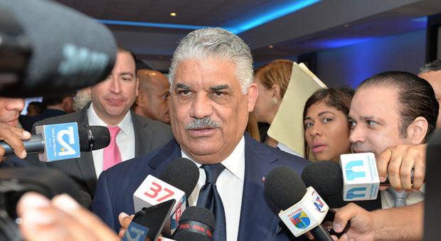 Canciller Miguel Vargas: RD no alienta otro mecanismo diferente al diálogo en Venezuela