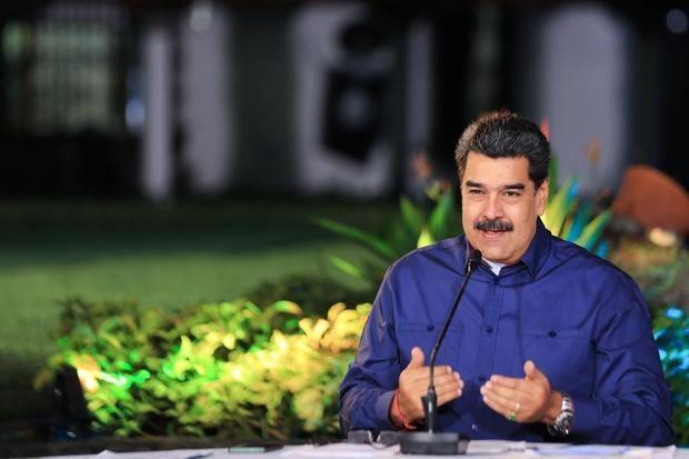 Fotografía cedida por Presa de Miraflores donde se observa al presidente venezolano, Nicolás Maduro, durante un acto de gobierno hoy, en Caracas, Venezuela.