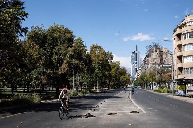 El 74 % de la población chilena entrará en cuarentena por el alza de contagios