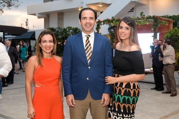 Lily Reyes, Miguel Toirac y Gema Vargas.