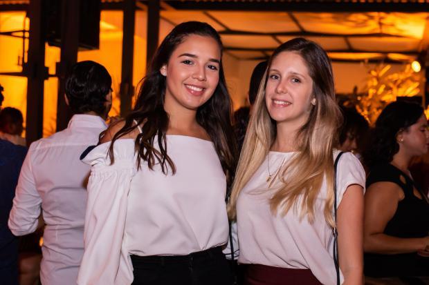 Susana Schiffino y Camila Hernández