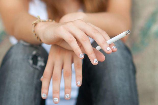 La OMS alerta: 40 millones de adolescentes entre 13 y 15 años consumen tabaco