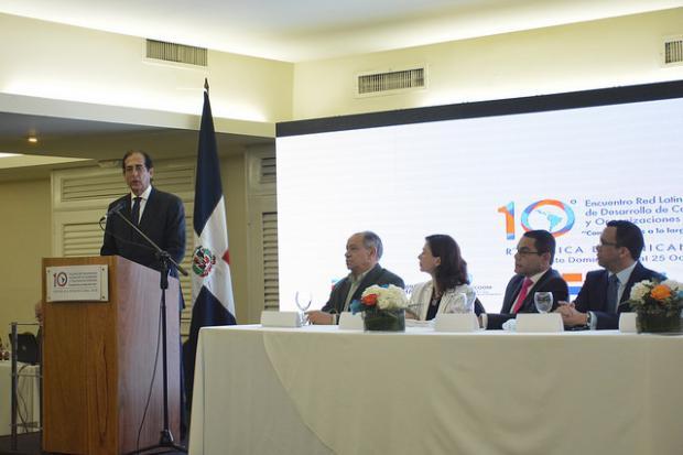 Gustavo Montalvo destaca retos de RD en materia de competencia laboral