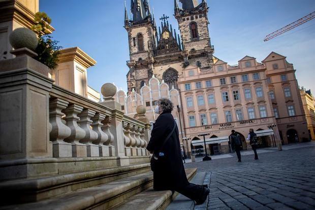 Chequia registra un nuevo récord y la capacidad hospitalaria está al límite