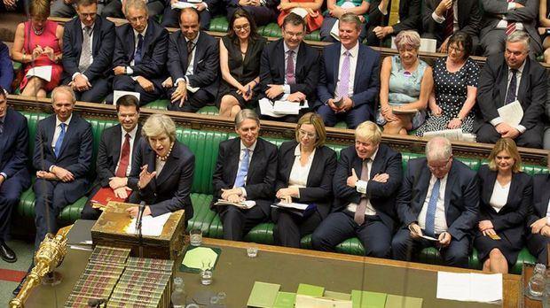 El Parlamento británico tumba el plan de May para el Brexit
