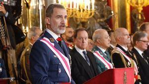 Rey destaca compromiso de las Fuerzas Armadas y Guardia Civil
