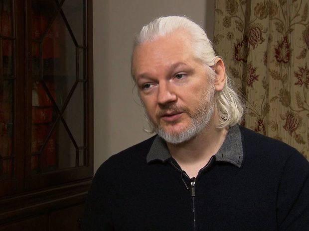 Baltasar Garzón exige a Reino Unido revelar qué cargos tiene contra Assange