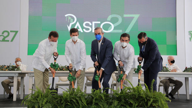Presidente Abinader encabeza primer palazo en Santo Domingo Oeste el grupo Finisterre Capital construirá plaza comercial Paseo 27.