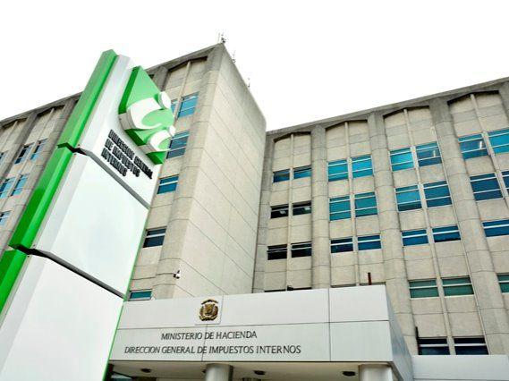DGII convocará a profesionales liberales a regularizar su situación